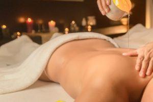 Massage aux huiles noix de coco ou à la bougie 1h